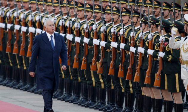 Defense deal on cards as Malaysia PM leans toward China