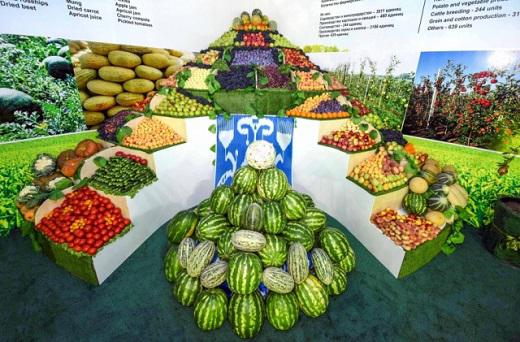 Uzbek companies sign $1 bn. contracts to export fruits and vegetables
