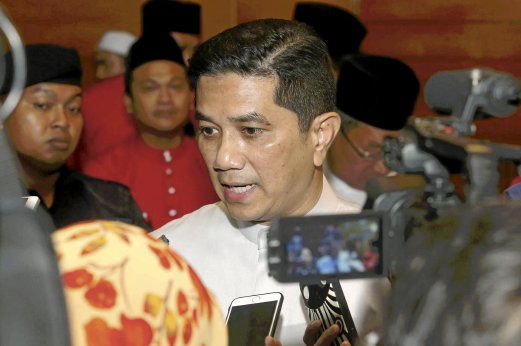Azmin defends Dr M's surprise appearance at Reformis Malaysia convention