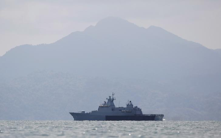 Malaysia mulls naval upgrades amid IS threat, South China Sea standoff