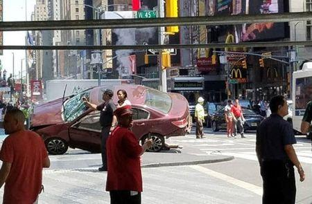 Motorist crashes into Times Square crowd, killing one person, injuring 22