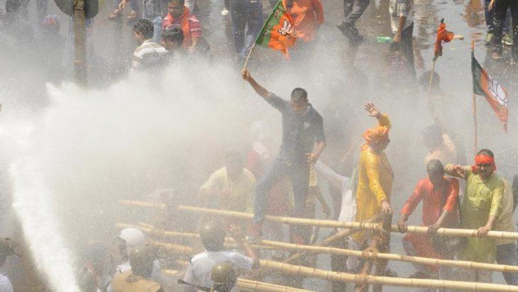 BJP'sprotest in Kolkata turns into a mayhem