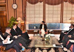 Long a spoiler, Pakistan starts behind-scenes aid to U.S.-Taliban talks