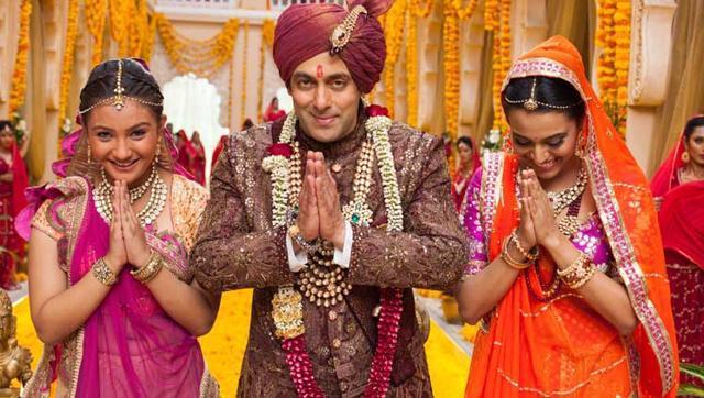 Pakistan bans Bollywood films amid India tensions