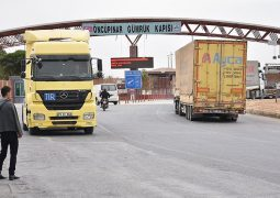 Turkey opens 2 border gates with Syria. Back to business?