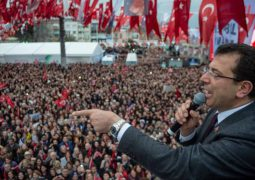 Opposition to Erdogan wins big in 16 million's Istanbul