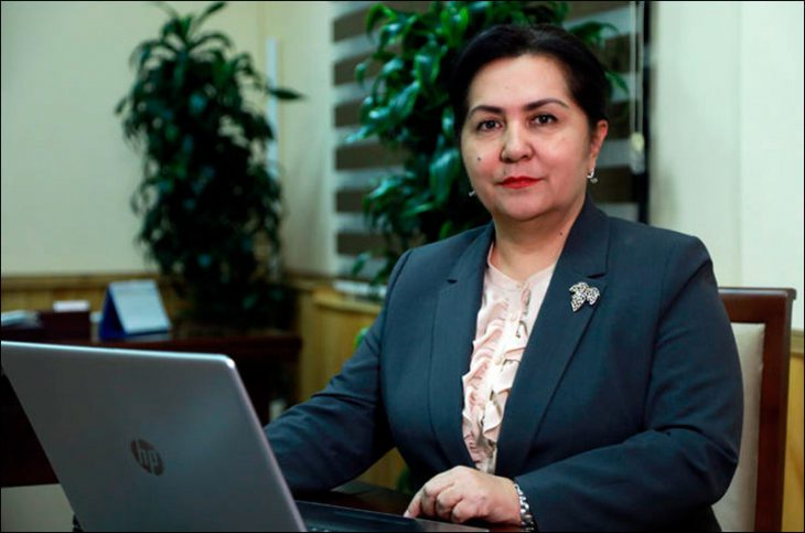 For the first time in Uzbekistan elects a woman, Tanzila Narbaeva, as speaker of Senate