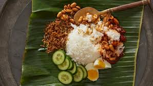 Beware the wrath of Malaysians if you dare insult our 'nasi lemak'