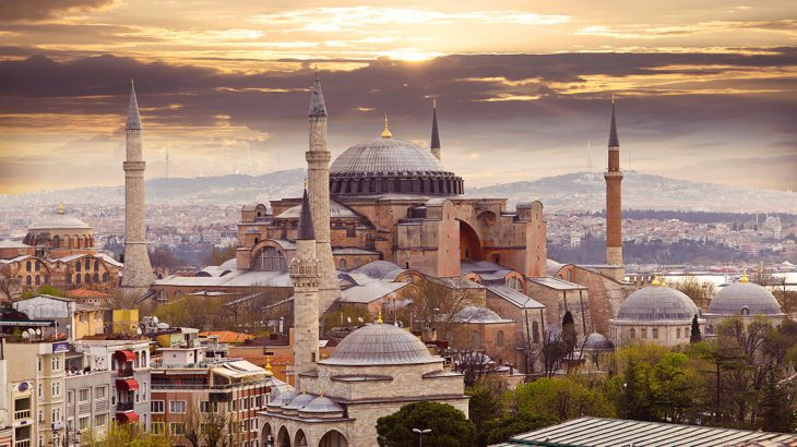 Turkey plans to return Hagia Sophia museum in Istanbul mosque status after 80 years: Greeks thinks it should not